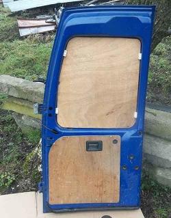 Дверка задня права Фіат Скудо синього кольору.