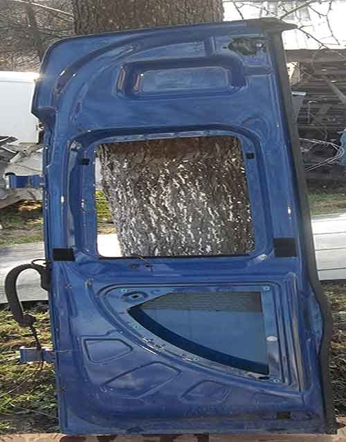 Fiat-Doblo-дверка-задня-права