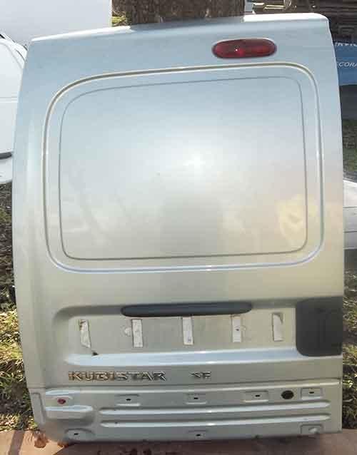 Задня ліва дверка на Nissan Kubistar та Renault Kangoo