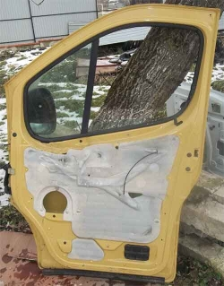 Дверка передня на Рено Трафік, Опель Віваро, Нісан Прімастар