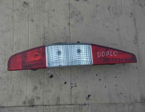 Задній лівий фонарь Fiat Doblo