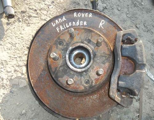 Передня права ступиця Land Rover