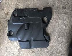 Верхня кришка мотора Рено Трафік 2.5
