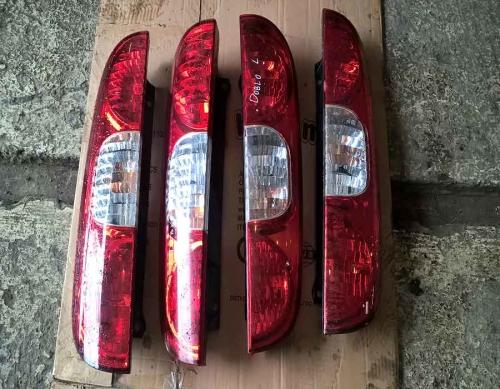 Задній лівий та правий стопи Fiat Doblo