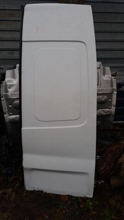 Дверка задня права висока Renault Trafic
