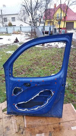 Дверка передня права Fiat Doblo синій колір Самбір