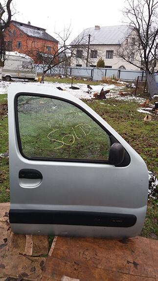 Дверка передня права Renault Kangoo