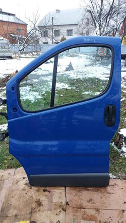 Передня ліва дверка Renault Trafic