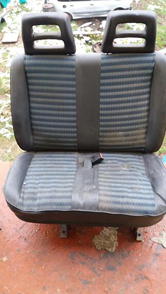 Передні сидіння(подвійна) Fiat Scudo
