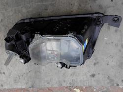 Фара передня права Skoda Fabia 2003 1.2