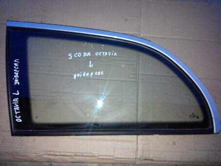 Скло бокове задне ліве Skoda Octavia