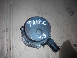 Вакумний насос Renault Trafic 1.9