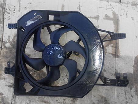 Вентилятор радіатора основиний з моторчиком Renault Trafic 1.9