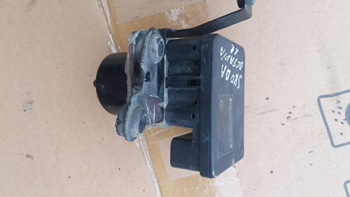 блок керування ABS Skoda Octavia 1.9 2002-2010