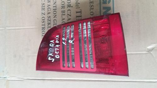 Задній правий стоп Skoda Octavia 2004 1.9