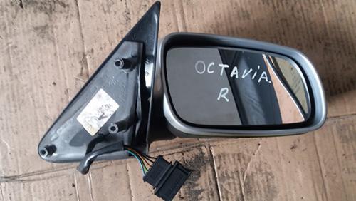 Зеркало електичне права Skoda Octavia 2004