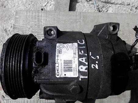 Компресор кондиціонера Renault Trafic 2.5 2008