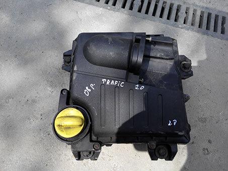Корпус повітряного фільтру Renault Trafic 2.0 2008