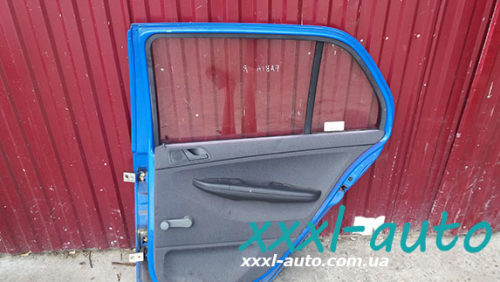 Дверка задня права Skoda Fabia синій колір
