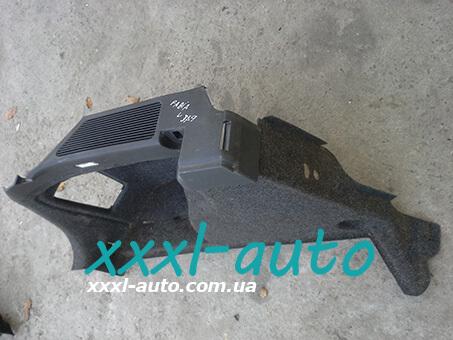 Обшивка багажника ліва Skoda Fabia універсал