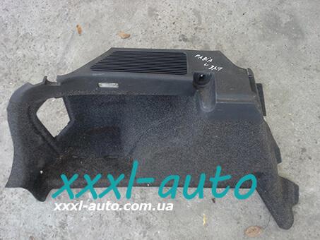 Обшивка багажника ліва Skoda Fabia Combi 1999-2007