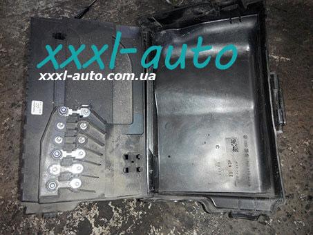 Корпус акумулятора Skoda Fabia 1.2 Самбір