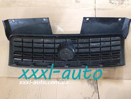 Решітка радіатора Fiat Doblo 2005-2009