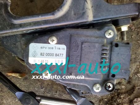 Педаль газу Renault Trafic 8200008477