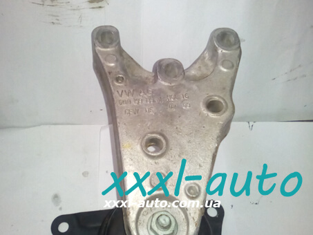 Кронштейн двигуна правий для Skoda Fabia 1999-2006 6Q0199185S