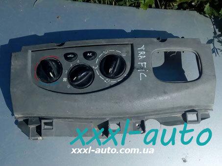 Блок управління пічкою з кондиціонером (регулятор обігрівача) Renault Trafic 7701050316