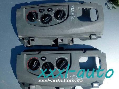 Блок управління пічкою (перемикач, регулятор обігрівача) Renault Trafic 7701050314