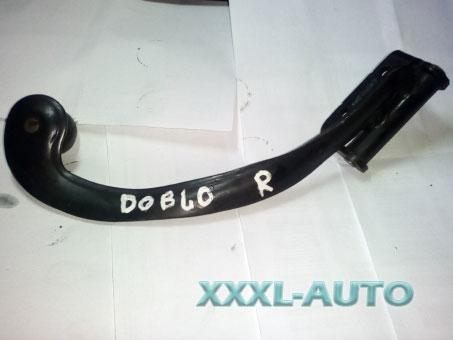 Ролик бічний правої розсувної дверки верхній (механізм) Fiat Doblo 46840189