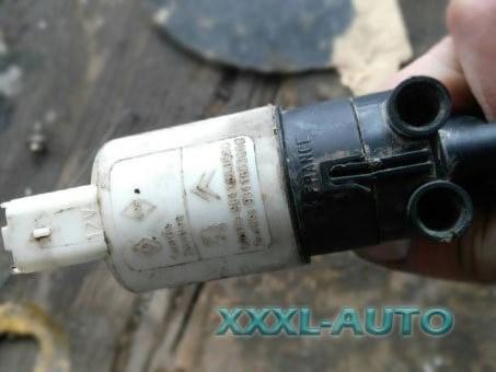 Водяний насос омивача Renault Trafic 2000-2014 8200031805