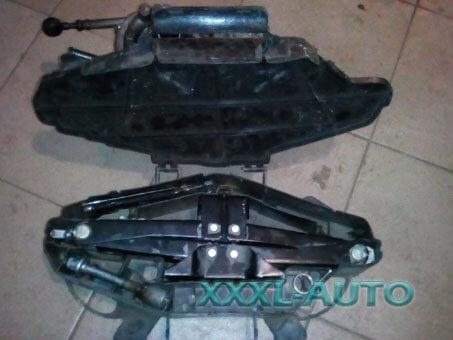 Домкрат (ремонтний набір) Renault Trafic 8200771793