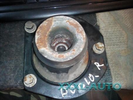 Опора амортизатора права передня Fiat Doblo 46760673