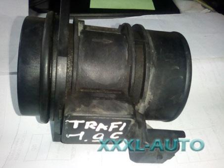 Регулятор потоку повітря (воздухомер) Renault Trafic 7700109812