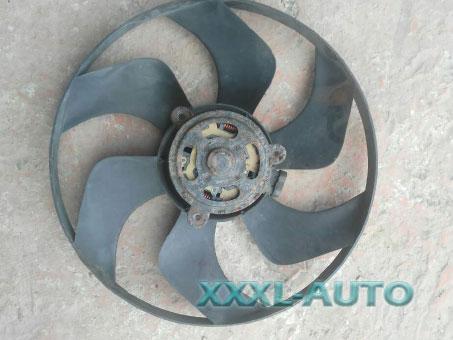 Вентилятор радіатора Renault Trafic 2.5 dci G9U730
