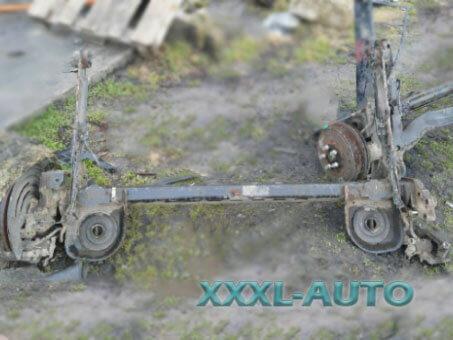 Балка задня Opel Vivaro 2000-2014 8200050011
