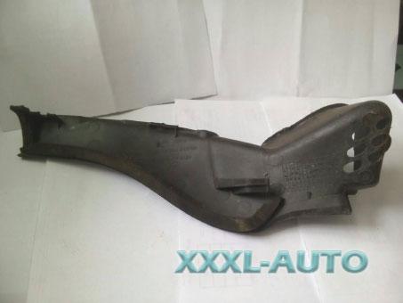 Фото Декоративна накладка лобового скла ліва Opel Vivaro 7700312794