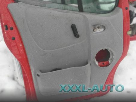 Карта дверей передніх лівих Renault Trafic 2000-2014 7700313074
