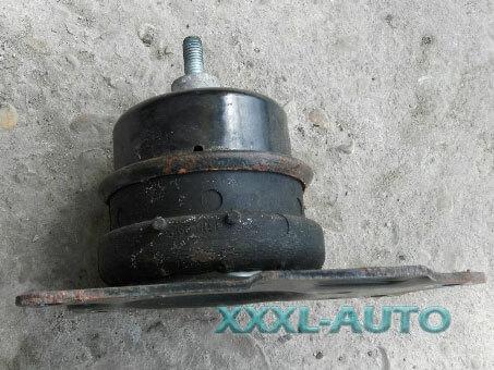 Фото Подушка двигуна права Skoda Fabia 1999-2007 6Q0199167BM
