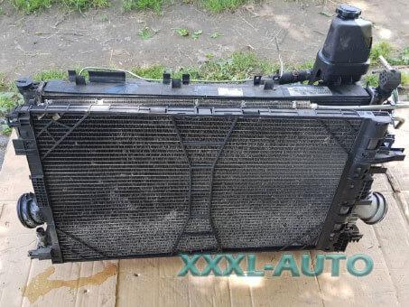 Фото Радіатор охолодження Opel Insignia 2.0 A20DTH 13241725